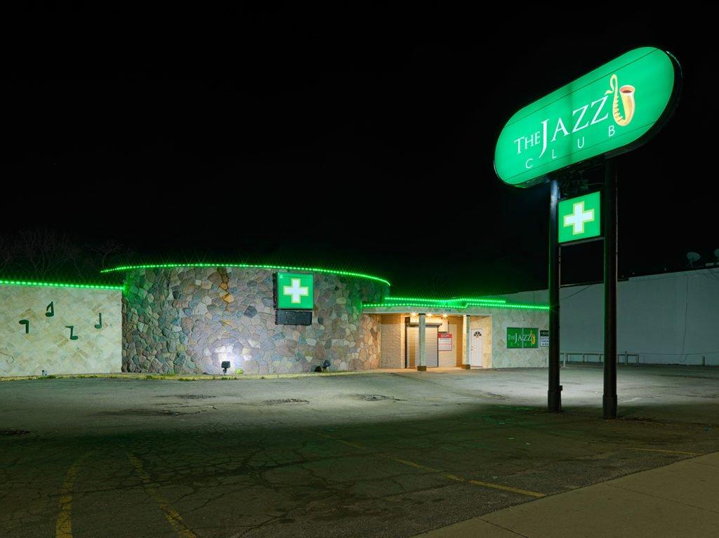 「マリワナ薬局」がデトロイトの町に与えるいろどり 〈アーカイヴ記事〉  https://t.co/h65Q7XHkN7