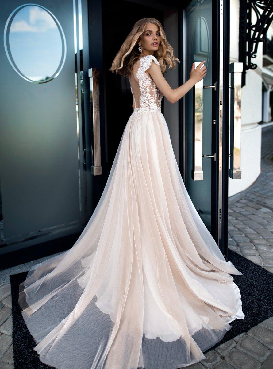 e3ce86a888bd Wedding Gallery on Twitter