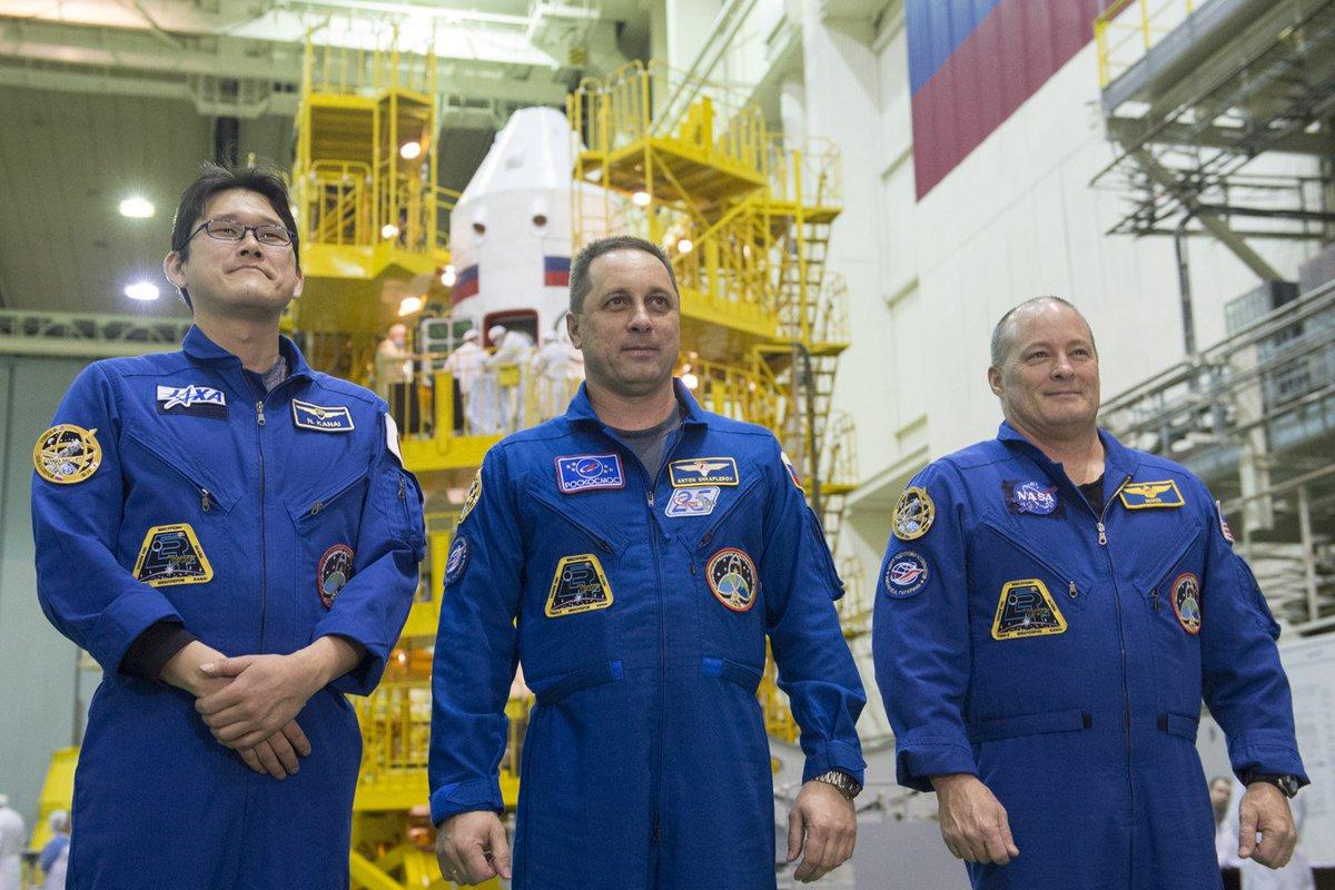 #СоюзМС07: экипажи провели контрольный осмотр корабля https://t.co/h5haXYXpC1