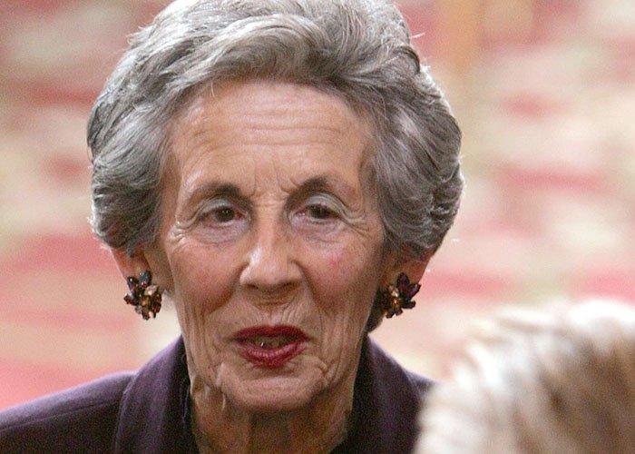 La mère de l'ancien chef de l'Etat, Andrée Sarkozy, est décédée >> https://t.co/ZG6hWTMdXZ