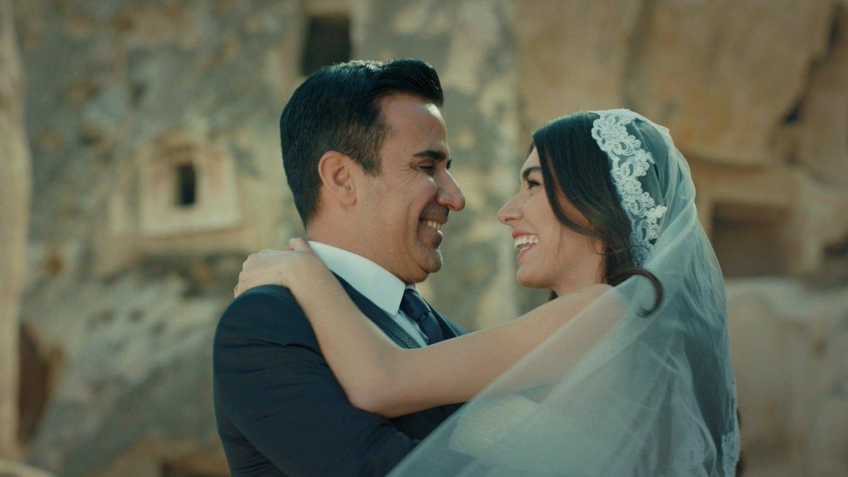 Düğün var! 👰🤵  #AşkveMavi'nin yeni bölüm...