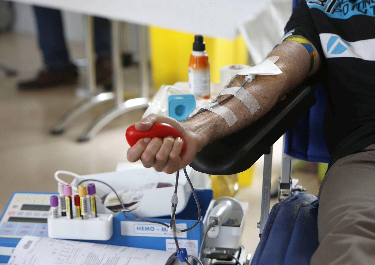 Appel 'urgent' au dons du sang en cette fin d'année https://t.co/UI0Uuea4Nc