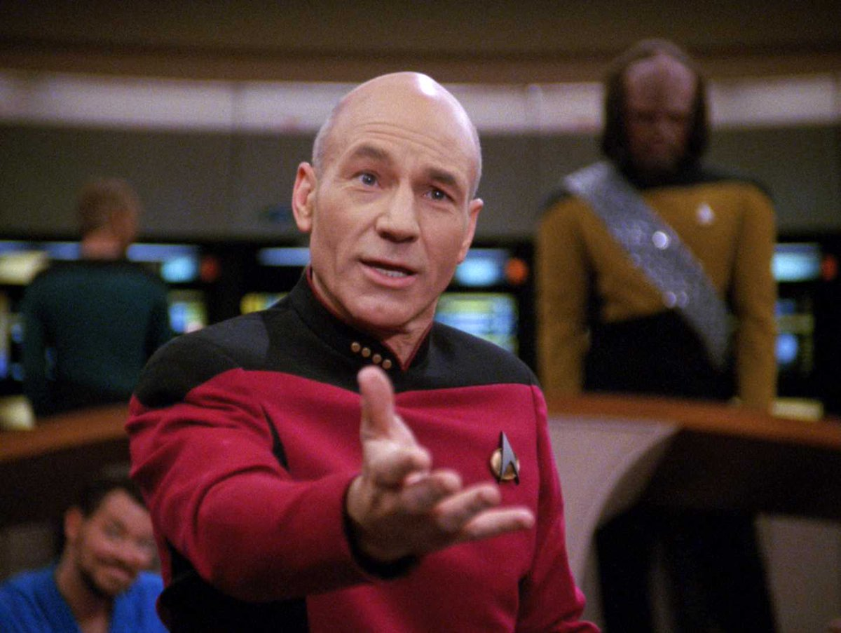 Could @SirPatStew return to the #StarTrek world? It's not out of the question, apparently! https://t.co/LpIIIFJBDH