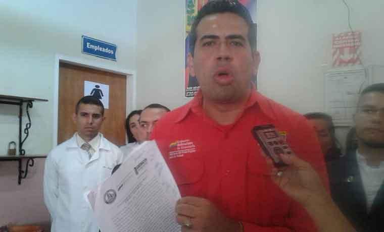 Amenazan a la gobernadora del #Táchira por caso de medicinas incineradas desincorporadas https://t.co/8qikUblRhN  https://t.co/TasE2DPtzP