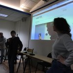 #webdothon2017 : c'est l'heure du pitch ! 6 équipes pluridisciplinaires, 6 projets de #webdoc Wordpress sur le #smart, 6 belles présentations devant un jury d'experts