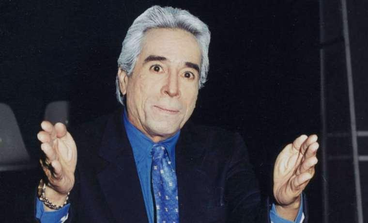 #Reacciones La rochela de luto: comediantes lamentaron muerte de Nelson Paredes  https://t.co/XV2vrE6r8D  https://t.co/1QiqfmtjnO