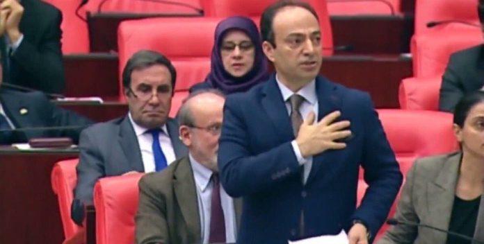 RT @KronosHaber: 'Kürdistan'ın yerini gösteren Osman Baydemir'e TBMM ceza kesti https://t.co/ZeSysUll2x https://t.co/pFpvqCdv87