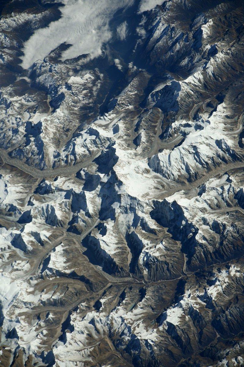 открыткой, одна фото со спутника г эверест видео