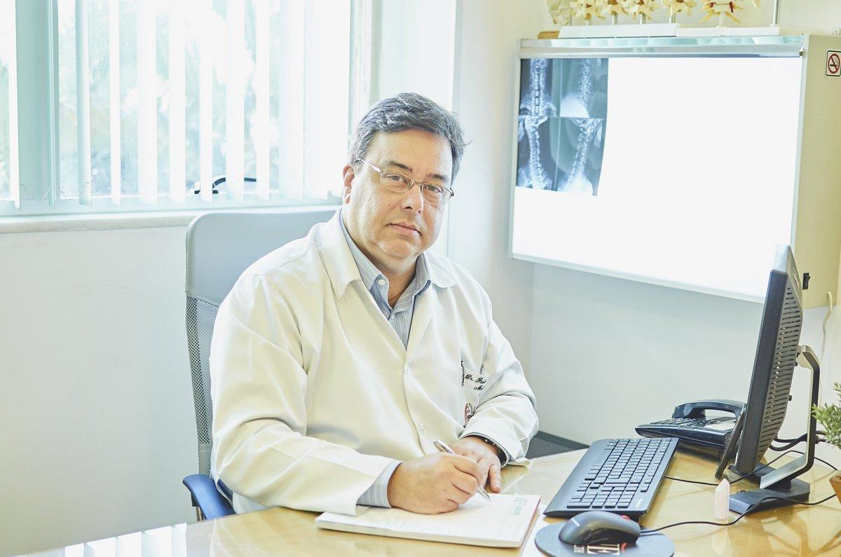 Entrevista: especialista em dor, Paulo Renato da Fonseca, tirou dúvidas de ouvintes no #BandeirantesAcontece, com @LeandroGouveia.  Tire suas dúvidas você também: https://t.co/59oEjI17RL