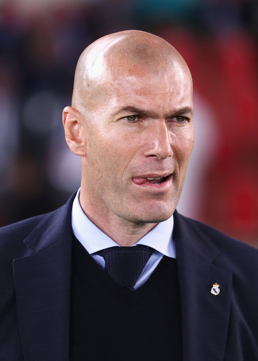 Real Madrid shots: 18  Al Jazira 1-0 Real Madrid  😳
