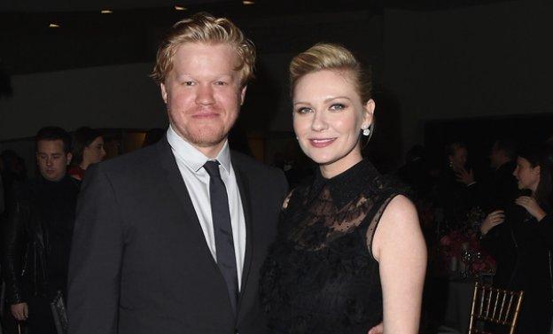 [VOGUE NEWS] Cuando la realidad supera la ficción (de 'Fargo'): Kirsten Dunst espera su primer hijo. ↓ https://t.co/NkF92WUMKU