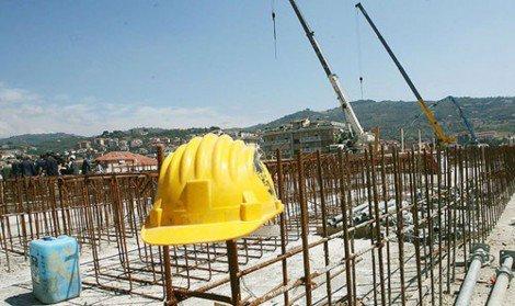 """Lavoro nero in edilizia, """"Attività ispettiva a rilento, soltanto 16 controlli nei cantieri"""" - https://t.co/umZqdQ4L3G #blogsicilianotizie"""