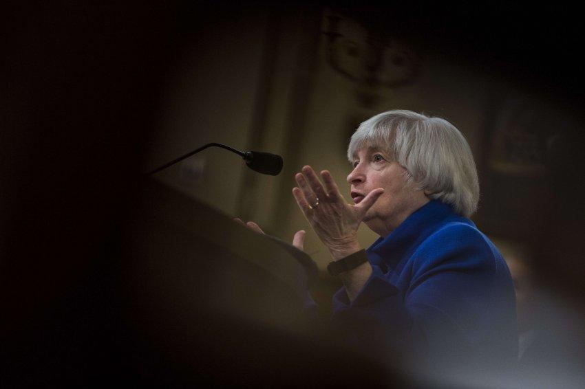 Robuste Konjunktur: US-Notenbank erhöht Zinsen https://t.co/kuKL2mDdzj