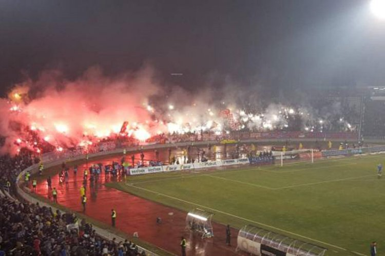 Partizan-Stella Rossa, l'invasione scatena l'inferno: la polizia mette ... - https://t.co/NREVuc8MfP #blogsicilianotizie #todaysport