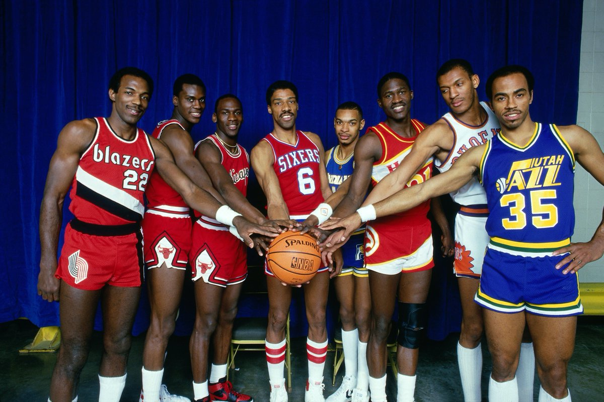 1985 @NBAAllStar Slam Dunk Contest: Check out THIS lineup of participants: Clyde Drexler, Orlando Woolridge, Michael Jordan, Julius Erving, Terrence Stansbury, Dominique Wilkins, Larry Nance and Darrell Griffith (February 9, 1985 at Market Square Arena in Indianapolis).