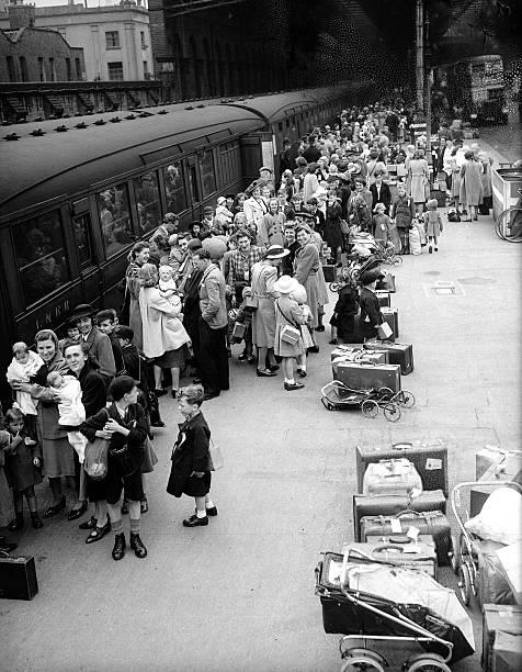 DQ9SFljX4AAZhn1 - Marylebone station's anniversary