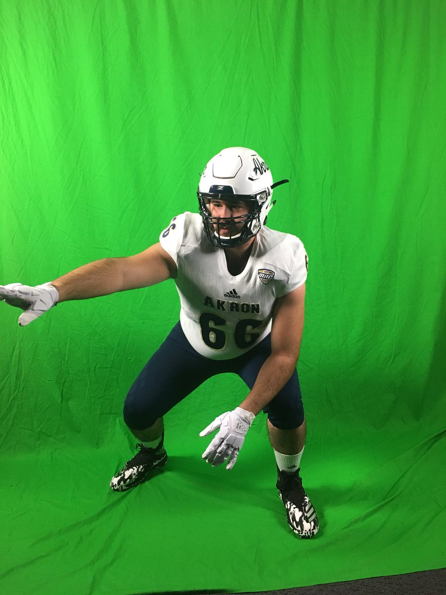 #ASA 2018 OT Thomas Lopez (@Tlopez732) on his Akron official visit.<br>http://pic.twitter.com/JiiQrIYoUW