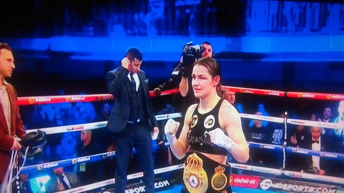 #KatieTaylor Congratulations #Women'sWor...