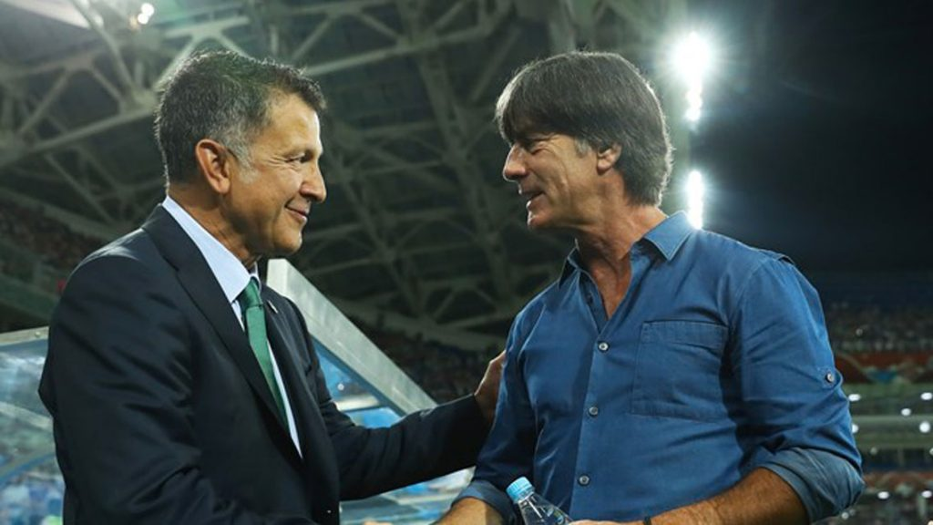 Osorio y Löw en un partido de Copa