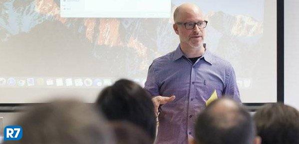 'Redes sociais reduzem noção de vergonha, diálogo e empatia', diz psicoterapeuta https://t.co/ToZHHjMalx