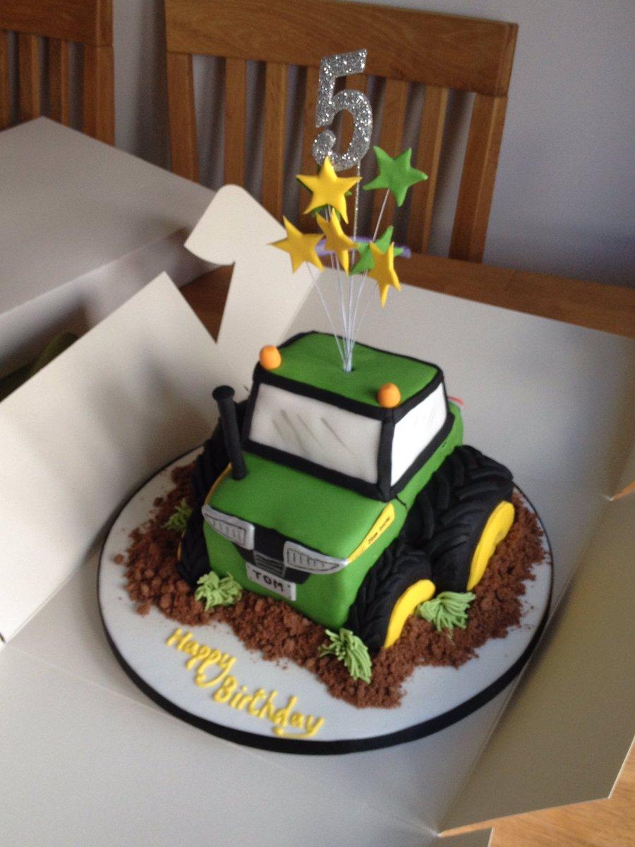 Boys 5th Birthday Tractor Cake Cupcakes Farmyard Masseyfergussonpictwitter UQIrwddf2l