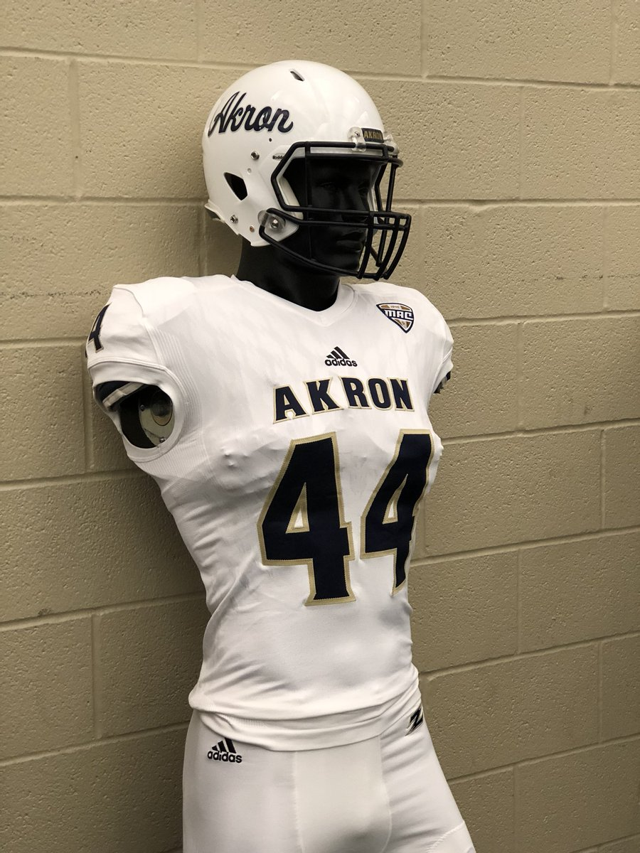reputable site 6dffd a9575 Akron Zips Equipment on Twitter: