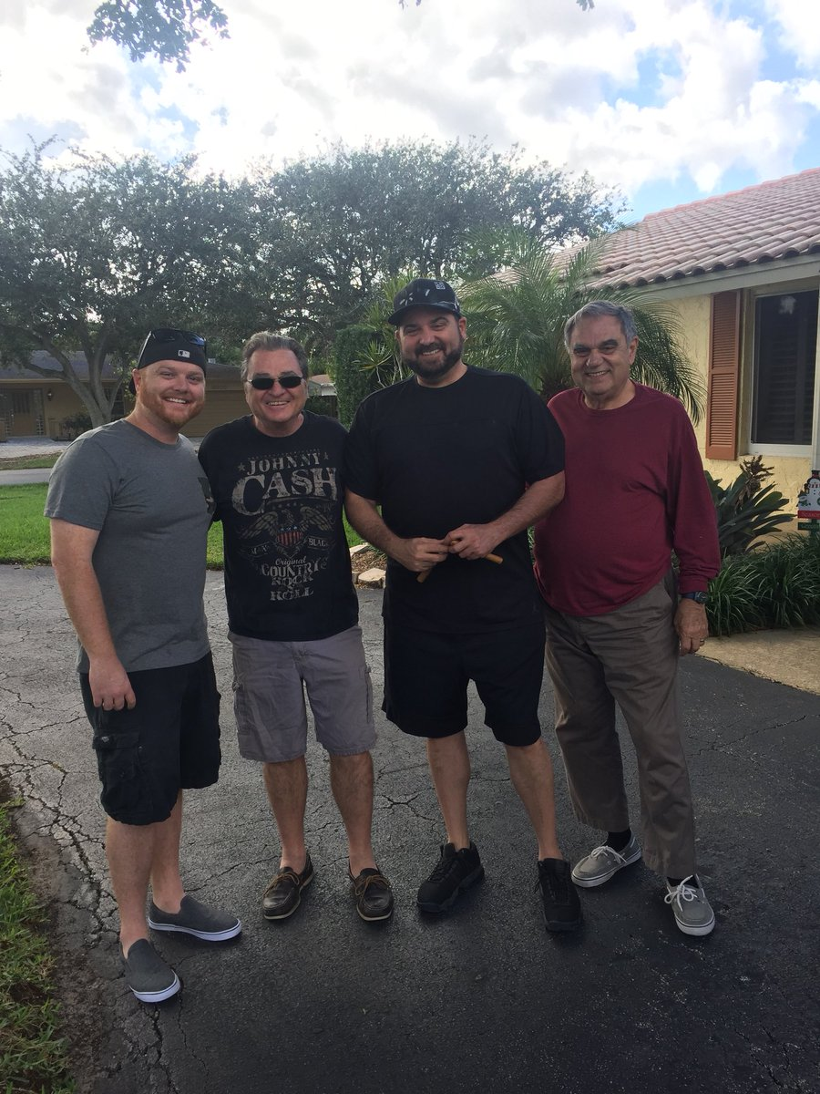 It's #FatherSonSaturday as  @LeBatardShow, Papi, myself & @chriscote954 head to the @FAUFootball game! https://t.co/mWIgLcTH98