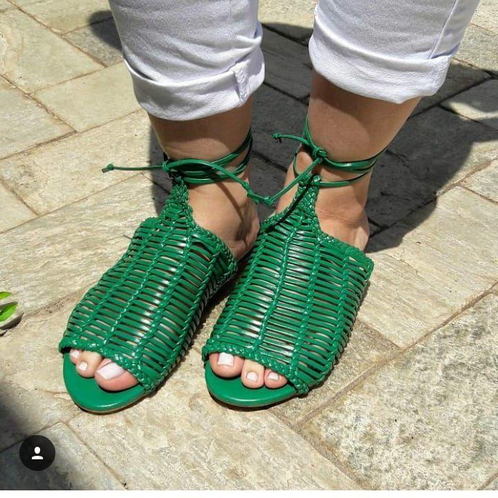 Quando a gente compra sapato, mas queria...