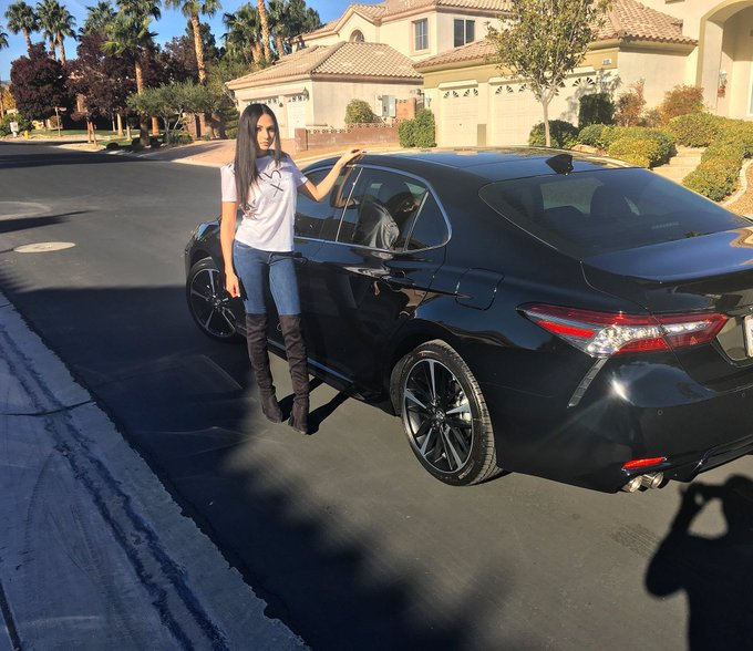 So proud of myself for achieving another goal. 😌 2018 XSE Camry V6 https://t.co/vpGhl4GD55