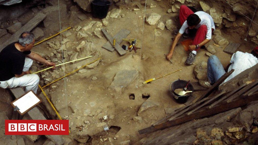 Arqueólogos encontram no Mato Grosso mais de 300 objetos que indicam que homem está nas Américas há pelo menos 27 mil anos https://t.co/U3lhvMAyma
