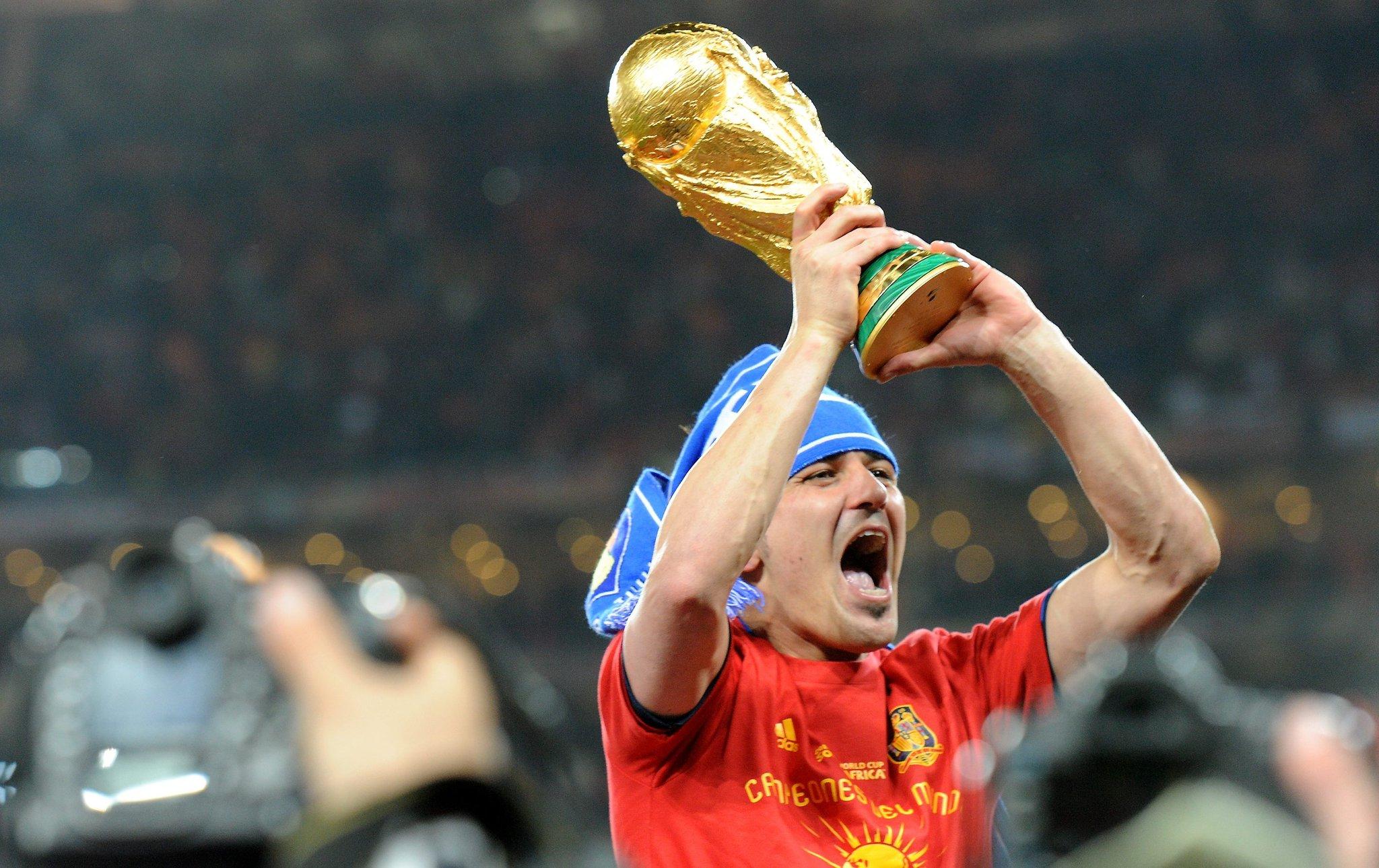 - Goals: 353  - Trophies: 14  - Legend: 1  Happy birthday David Villa!