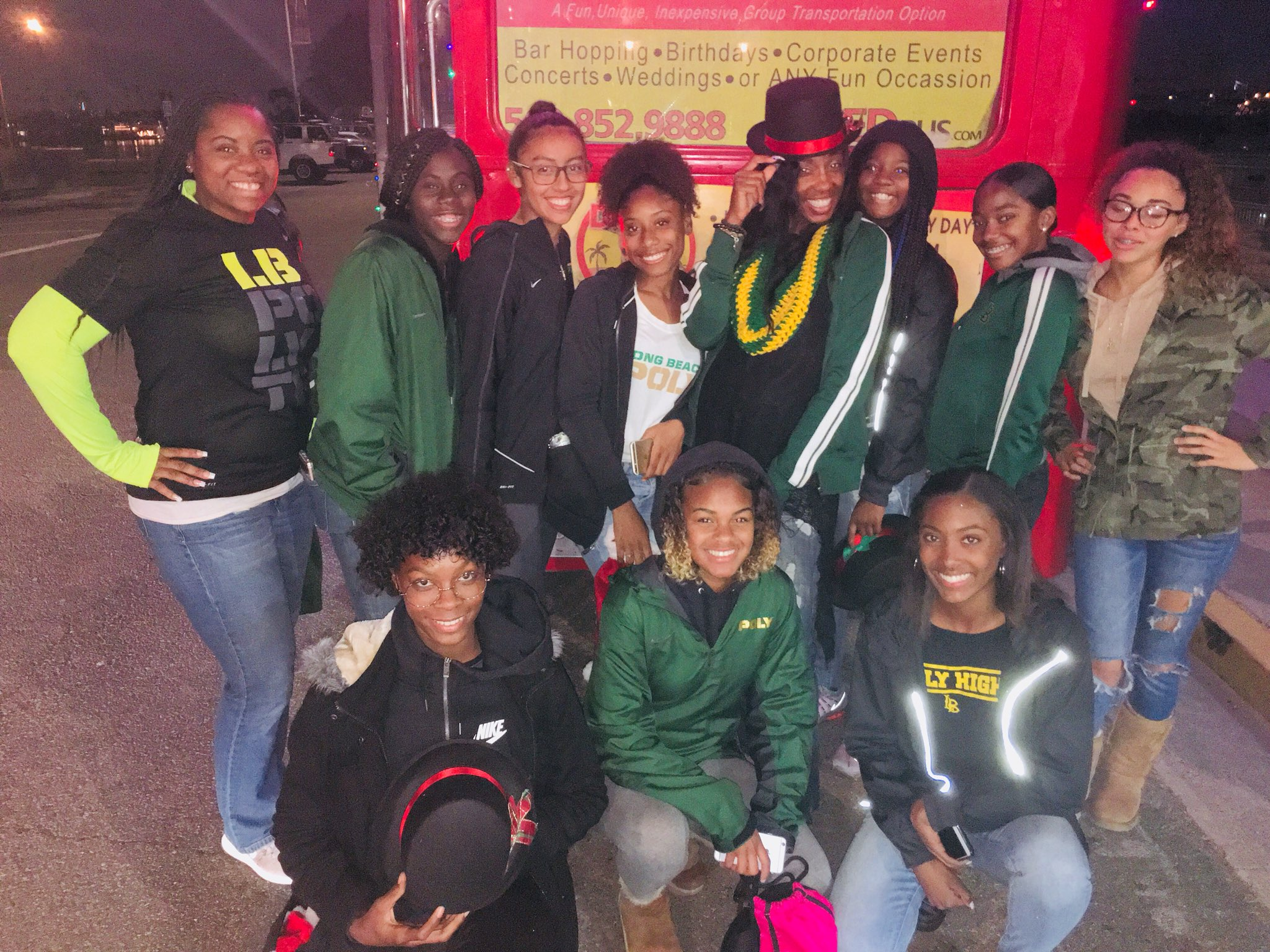 lb poly trackrabbits on twitter lb poly girls track team was honored at the belmont shore christmas parade for their accomplishment this 2017 season for