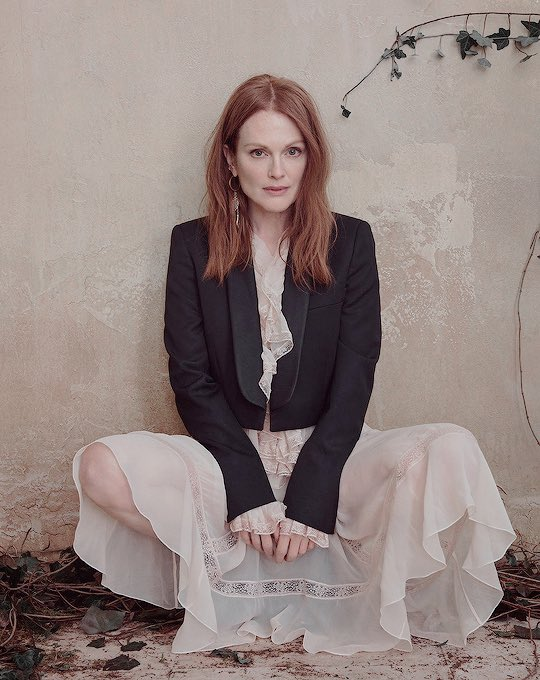 Happy birthday for julianne moore a powerful and inspiring woman