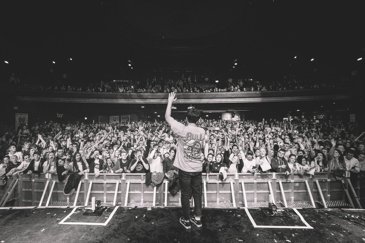Hoodie allen cardiff schedule tonight doors open at 7pm hoodie allen cardiff schedule tonight doors open at 7pm meet me at merch 7 8pm goodygrace at 8pm i go on at 845pm cant wait m4hsunfo