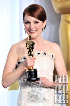Happy Birthday Wishes to this Lovely Lady Julianne Moore!!!