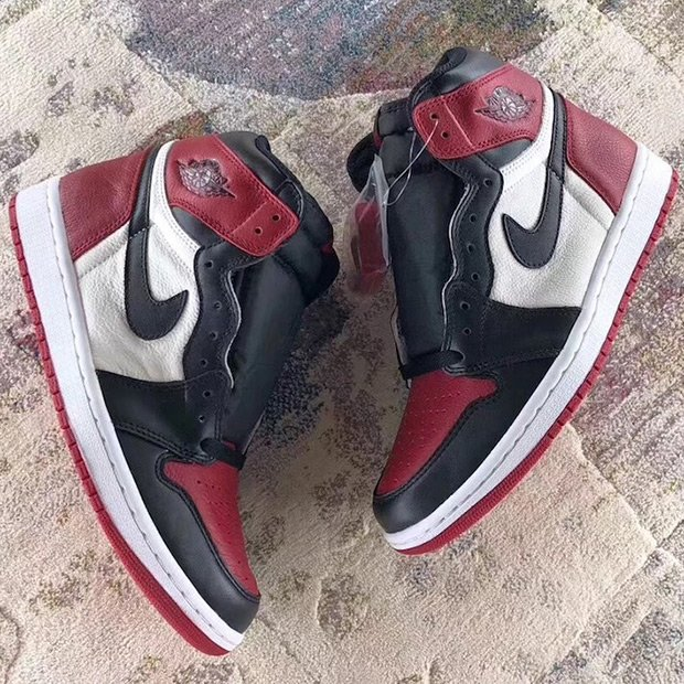 bf9a1aa5966b These are expected to debut in February 2018. http   kicksdeals .ca news 2017 air-jordan-1-bred-toe-preview  …pic.twitter.com jFN0Thxqka