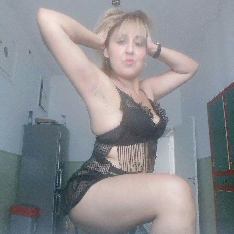 Sexy lady photo