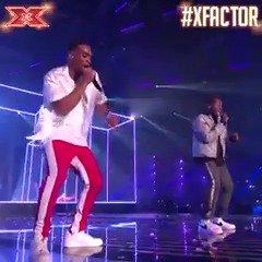 AYE AYE AYE! MONA LISA! 🖌🖌🖌 @RakSuMusic #XFactor #XFactorFinal https://t.co/CAxuzet9IA