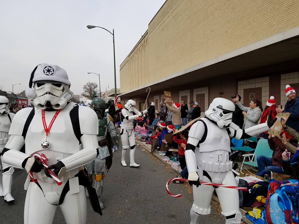 garrison tyranus on twitter stormtroopers spread a little bit of christmas cheer at the richmond christmas parade this weekend 501st starwars