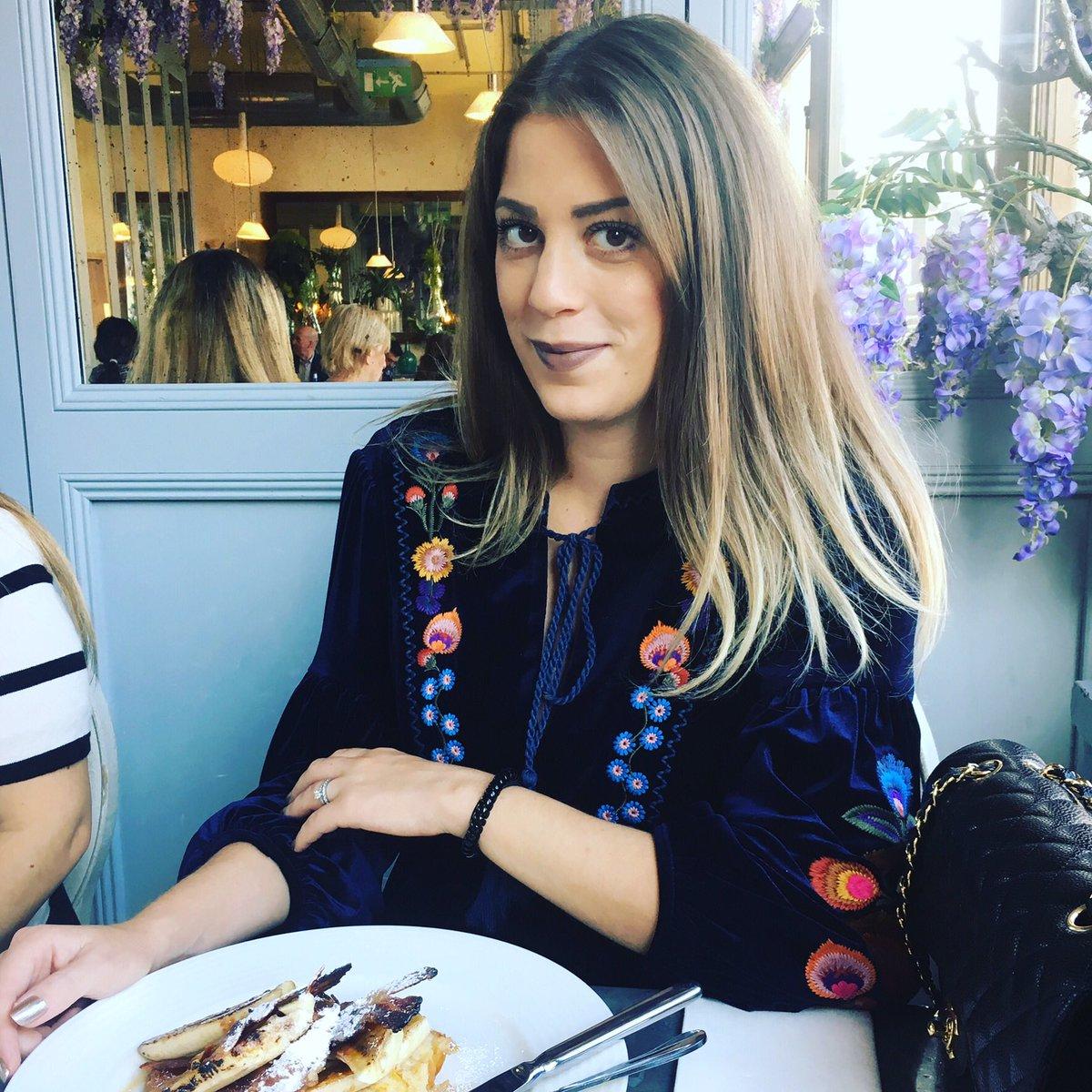 What lipstick are you wearing this season? Make sure it's @LOrealParisUK @Balmain  http://ontheroxlondon.blogspot.co.uk/2017/10/loreal-balmain-lipstick-glamazone.html… #lipstick #lorealxbalmain #loreal #glamazone #bblogger #beauty #beautyblog #musthave
