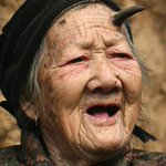 ちょいと調べてみた結果、ラヴィニアちゃんの角らしきものは皮角と呼ばれる病気の一種で、本来は老人とかが…