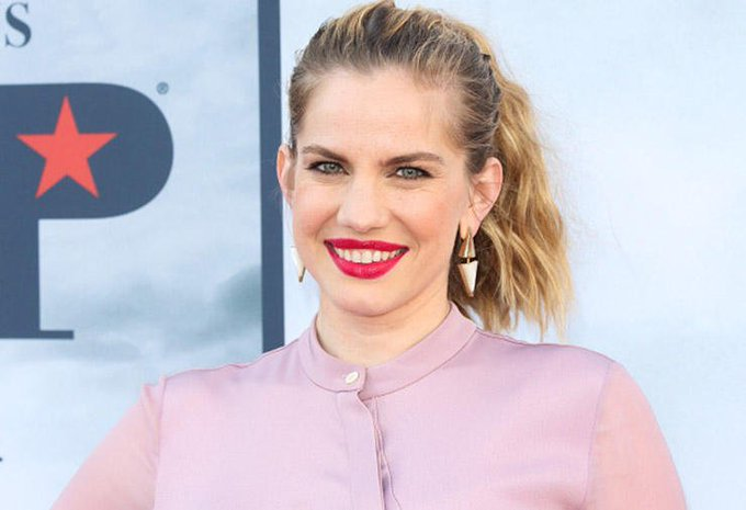 Zooper Happy Birthday Wishes to Anna Chlumsky !!