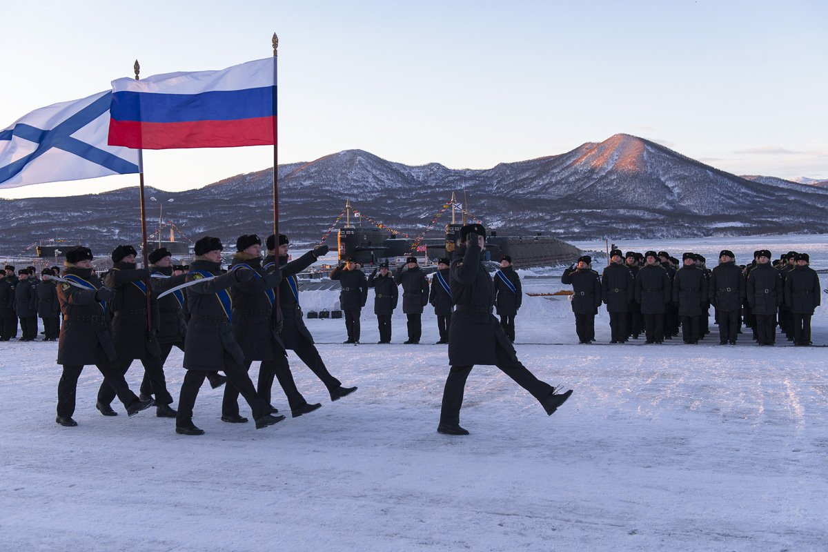 Russian Navy: Status & News #3 - Page 36 DQM8MF3X0AAIuLZ