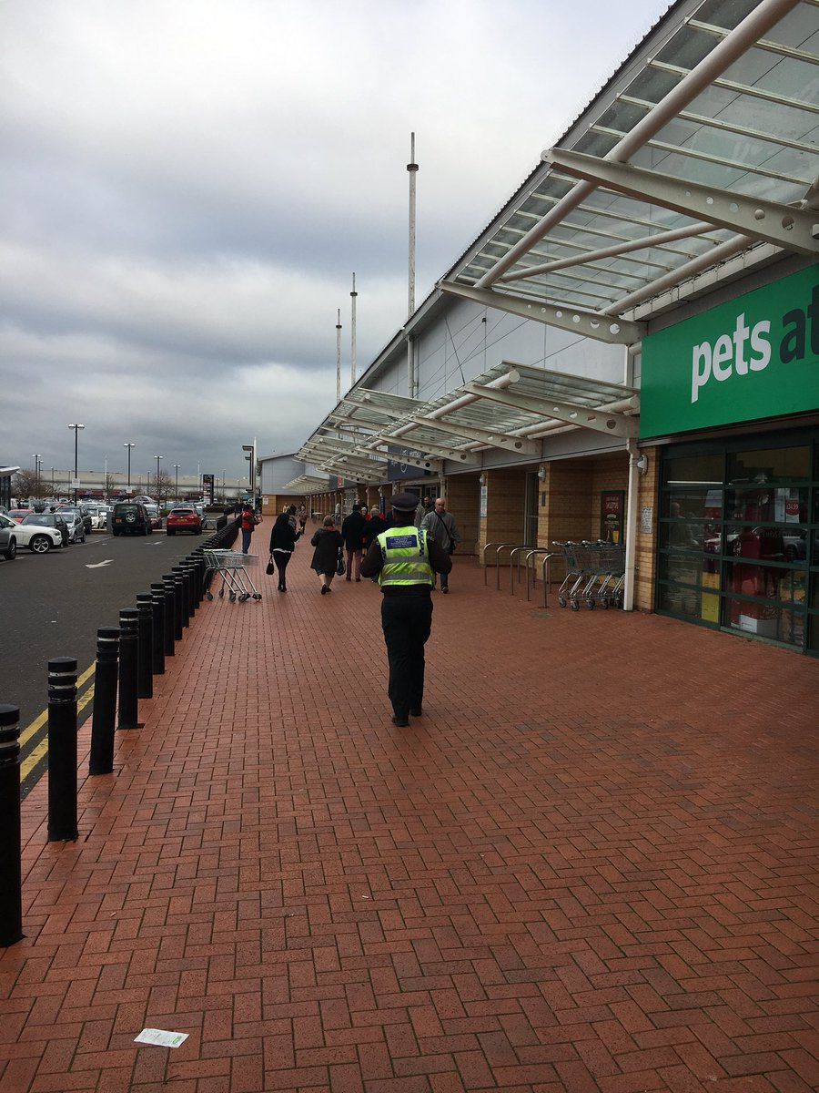 South Wales Police Cardiff On Twitter Cardiffbaynpt Are On High Visibility Patrol In Cardiff Bay Retail Park Operationcyanthames Reducingcrime Grangetown Ns Https T Co Npgsd463ce