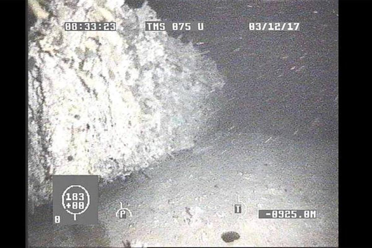 Ara San Juan, el ahora olvidado submarino Argentino desaparecido con 44 tripulantes a bordo - Página 3 DQMzm9WXUAAKnMN