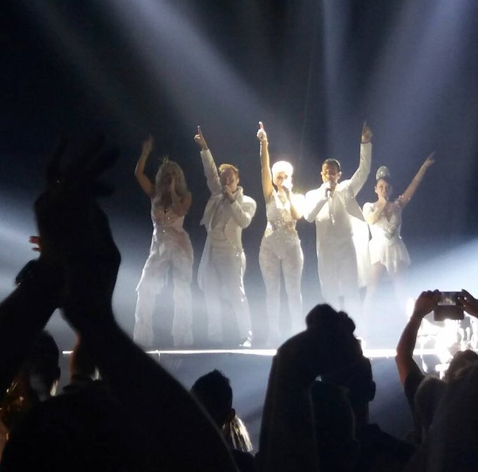 Thank you to everyone who has come to see us and support @OfficialSteps on our #PartyOnTheDanceFloor