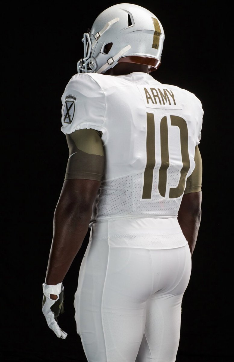 outlet store 0c8bf 2a48f LOOK: Army unveils incredible jerseys to honor 10th Mountain ...