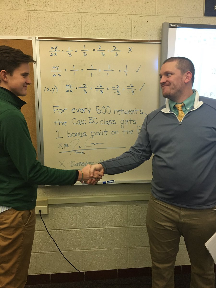 TWITTER!!!! Finals week is approaching and my math class NEEDS THESE BONUS POINTS!!!PLEASE RETWEET!!! EVERY POINT COUNTS!!!!