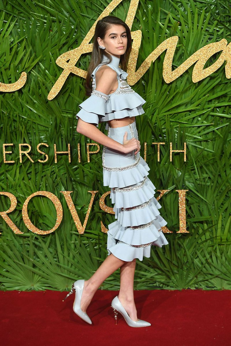 Join us for all the red-carpet action from the 2017 @BFC & @swarovski #FashionAwards here: https://t.co/fE2QlcqM6T