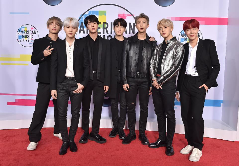 BTS gets highest ever debut by a K-pop group on the U.S. charts with 'Mic Drop (Remix)' https://t.co/AslTnwguCp #BTSHOT100_28